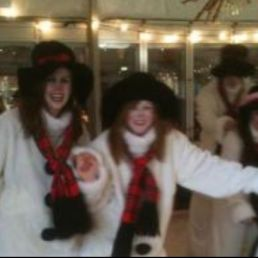 Het te Gekke Sneeuwpoppen team