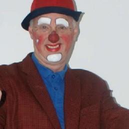 Balloon clown Chris