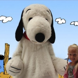 Karakter/Verkleed Den Haag  (NL) Op de foto met Snoopy
