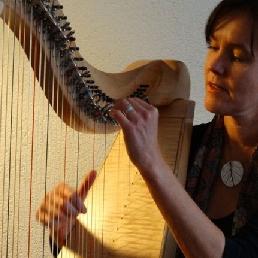 Harpiste Lies Joosten