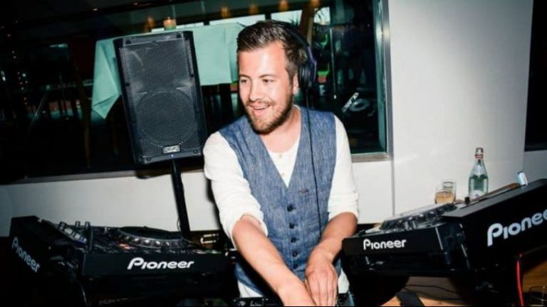 DJ Bas White