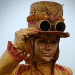 Animatie Almere  (NL) Madame Mystique (levend standbeeld)