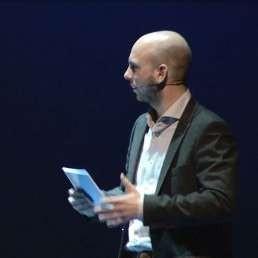 Moderator/Interviewer/Presentator