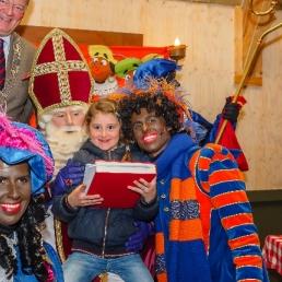 Bezoek van Sinterklaas en 2 Pieten