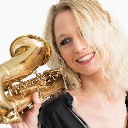 Saxofonist Nederland  (NL) Saxofoniste Kirsten / DDD