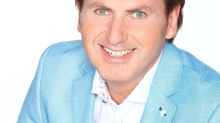 Presentator Jeroen van den Berg