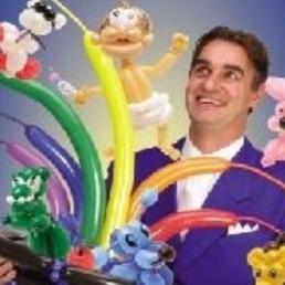 Kindervoorstelling Amsterdam  (NL) Fun en Games Magic Sintshow