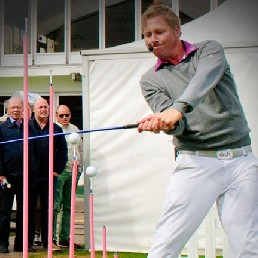 Sports/games Badhoevedorp  (NL) Golftrickshow with Beat the Pro