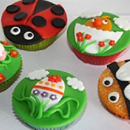 Kindervoorstelling Woerden  (NL) Kinderfeestje Cupcake versieren