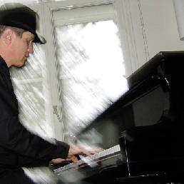 Pianist Rotterdam  (NL) Pianist Peter
