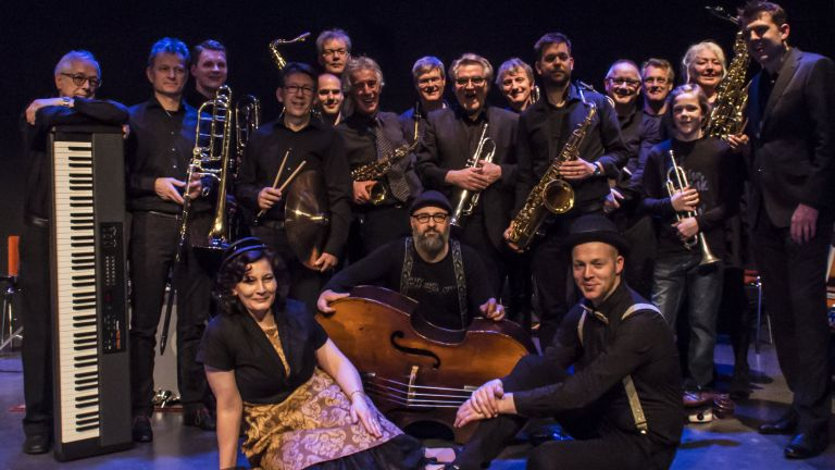 Bigband jazz, pop latin