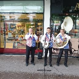 The High Society Jazzband trio