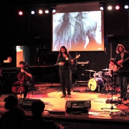 Band Amsterdam  (NL) The Wave