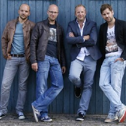 Band Sumar  (NL) Brightside