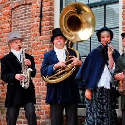 Band Deventer  (NL) Dickensorkest