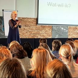 Life Strategist / Presenter Margriet Spijksma