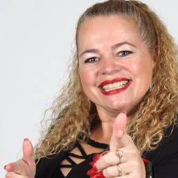 Singer (female) De Meern  (NL) Gerdien van Lemmen