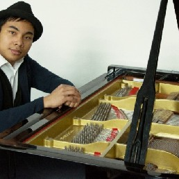 Pianist Zoetermeer  (NL) Pianist Gregory Kasanbesari