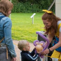 Balloon artist Utrecht  (NL) Bella Balloon Balloon stall