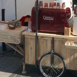 Barista with CoffeeTrolley
