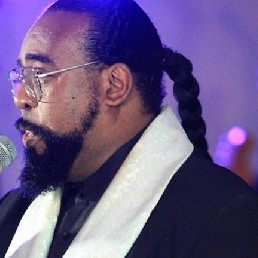 Animatie Heinenoord  (NL) Barry White Look a Like