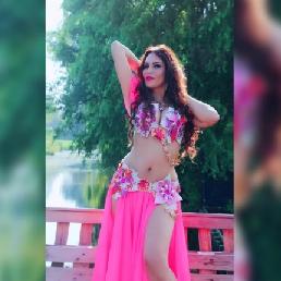Belly dancer Amarah Ates