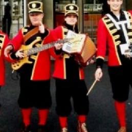 Band Oost West en Middelbeers  (NL) Pretband