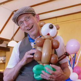 Balloon artist Asten  (NL) De Haagse ballonnenboer