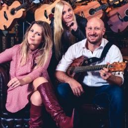 Band Amsterdam  (NL) Jennifer Ewbank - Band