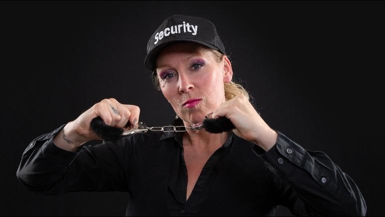 Animatie Cuijk  (NL) Typetje Shelly Security