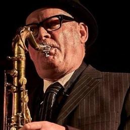 Saxophonist Maassluis  (NL) Jazz Circus Sax + DJ