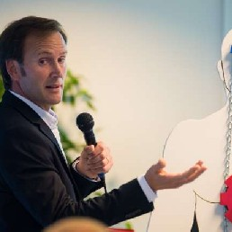 Spreker Veldhoven  (NL) 'Hoofd, Hart én Ballen'