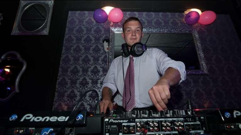 DJ Matthello