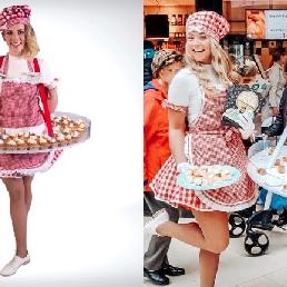 Tasting Leerdam  (NL) The Kokkies - Handout girl
