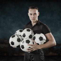 Juggler Schiedam  (NL) VOETBAL JONGLEUR