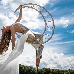 Acrobat Arnhem  (NL) Standing Ring Act aerial acrobatics/aerial