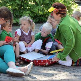 Kids show Alkmaar  (NL) Show balloon story of Clown Niekie