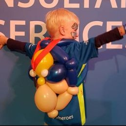 Balloon clown Niekie