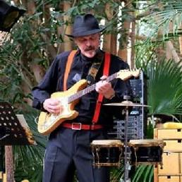 Band Bolsward  (NL) One man Band Rob Meyer