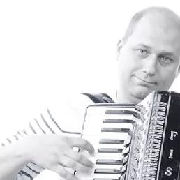 Accordionist Someren  (NL) Accordionist Pollerie