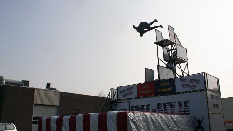 Free Jump Stuntshow