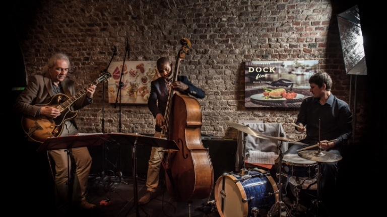 Van Leeuwen International.Joep Van Leeuwen International Jazz Trio Boeken Direct Op