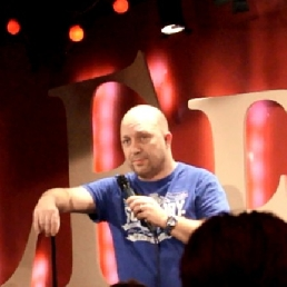 A3 Compen STAND-UP COMEDIAN