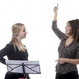 Trainer/Workshop Amstelveen  (NL) Chaja van der Heide: Singing teacher