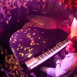 DJ / Piano en Combo - Tim Grand