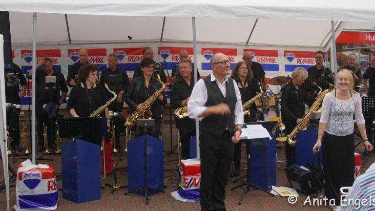 East End 16 swing band