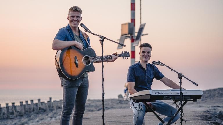 Band Veldhoven  (NL) PAUL & PELLE LIVE