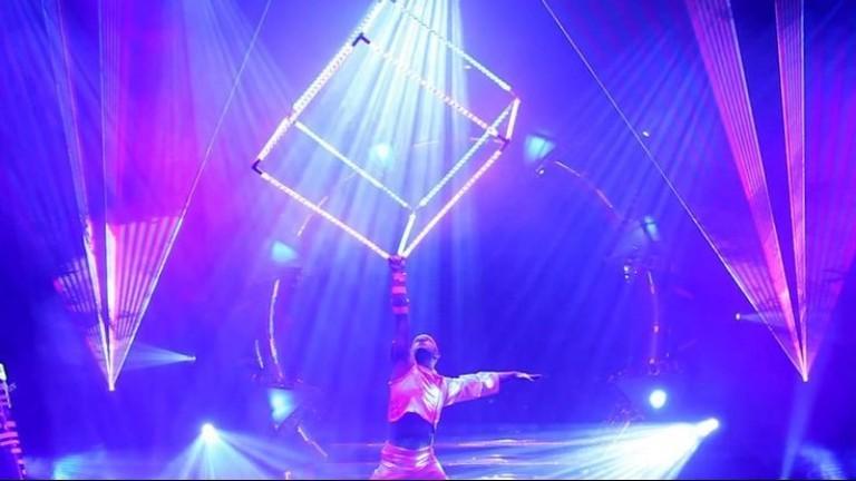 Acrobat Zaandam  (NL) Cube