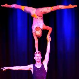 Partner Acrobatics - Dans & Acrobatiek
