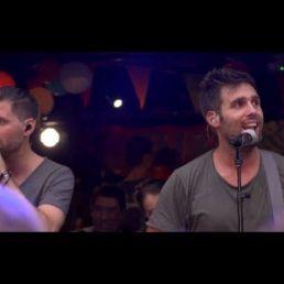Nick & Simon (LIVE with band)